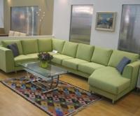 Зелен диван с два ъгъла