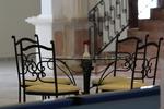 Столове за вътрешна и външна употреба