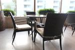 Екзотични столове от ратан за заведения