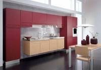 Кухненски мебели в червен цвят