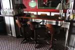 дървени бар столове за заведения