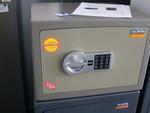 Метални сейфове за документи и пари, за заложни къщи