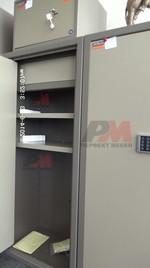 Метални сейфове за документи и пари, за бензиностанции