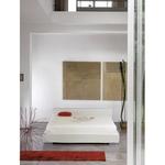 Дизайнерски тапицирани спални с различна височина